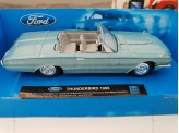 Miniature 1/43 Ford TBird 1966