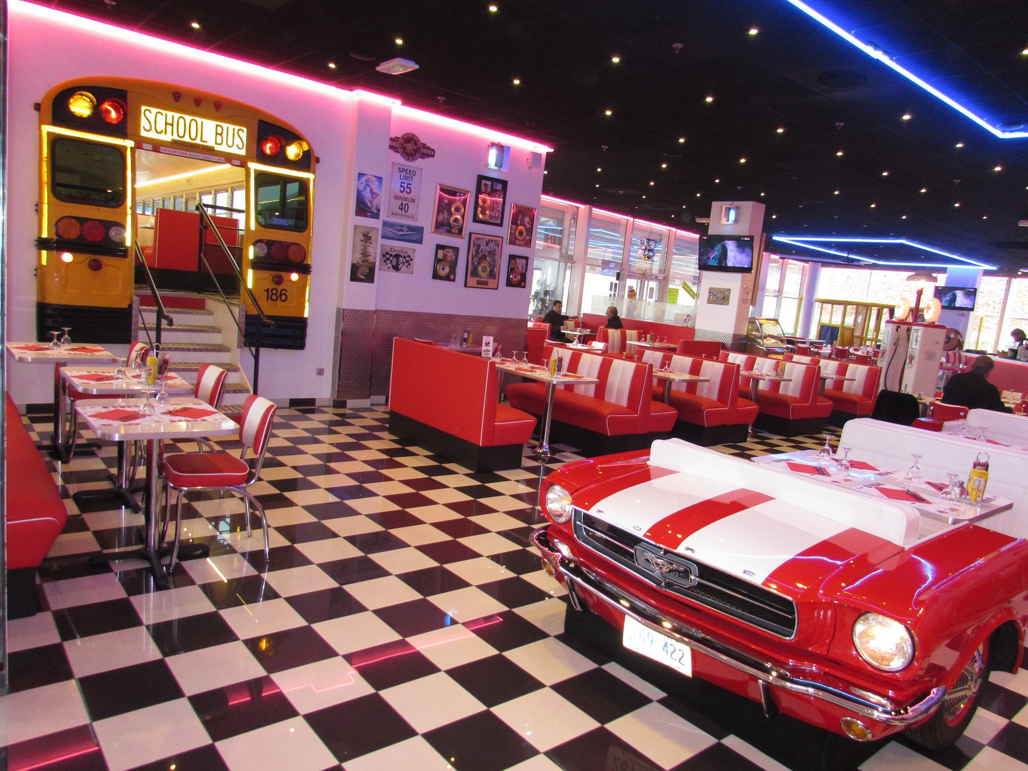 D co cuisine diner americain for Decoration interieur americain